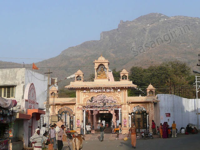 Bhavnath Mahadev Temple, Junagadh - Hotels in Sasan Gir